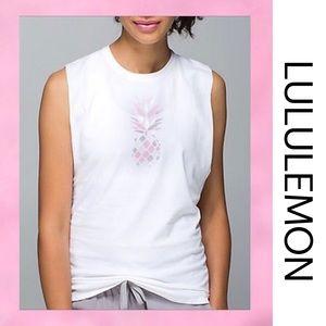 LULULEMON Pineapple White Top 4/6